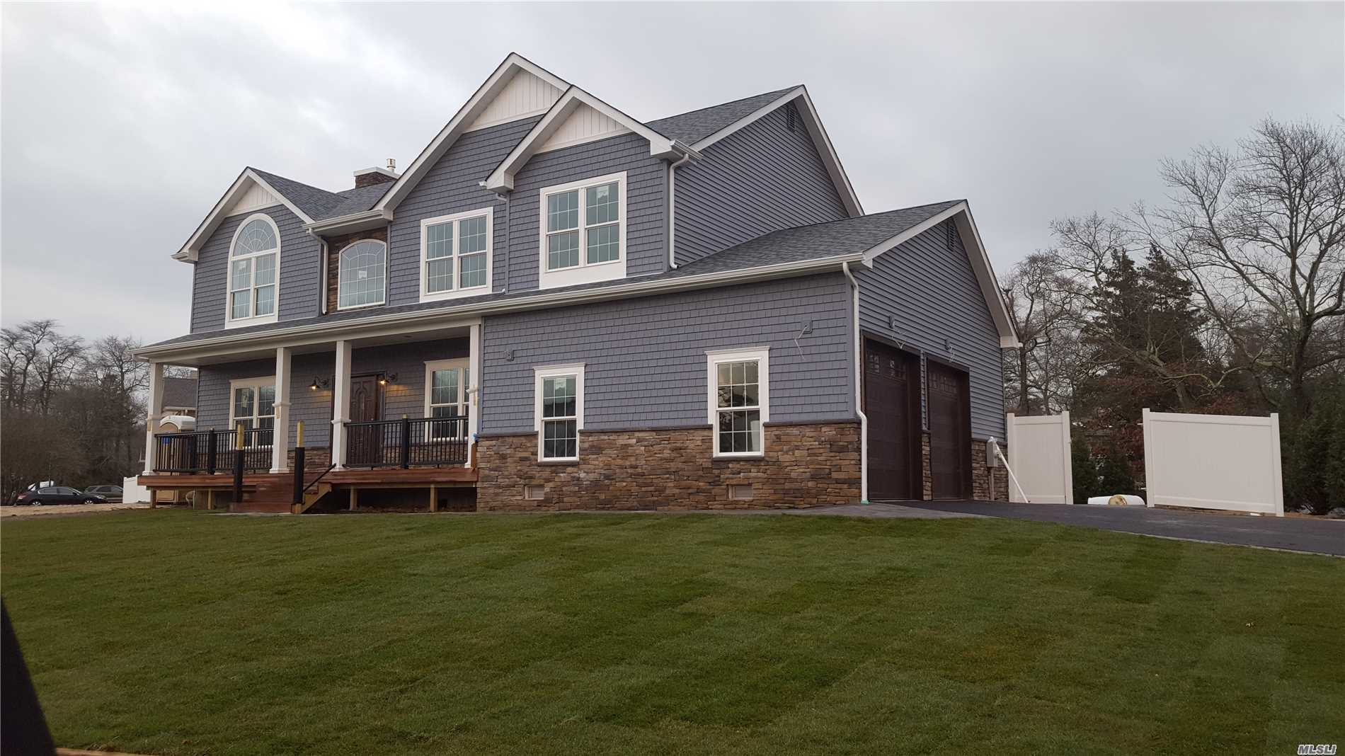 New Construction Home 4Br, 3Bath, Wood Floors Through-Out, Amazing Water-Views, Gas Fireplace, Half Acre Estate W/ 14Ft Leyland Cypress + 6Ft Pvc Surrounding Property, Attached Side-Entry 2 Car Garage. Low Flood Insurance(+/-$500/Year)