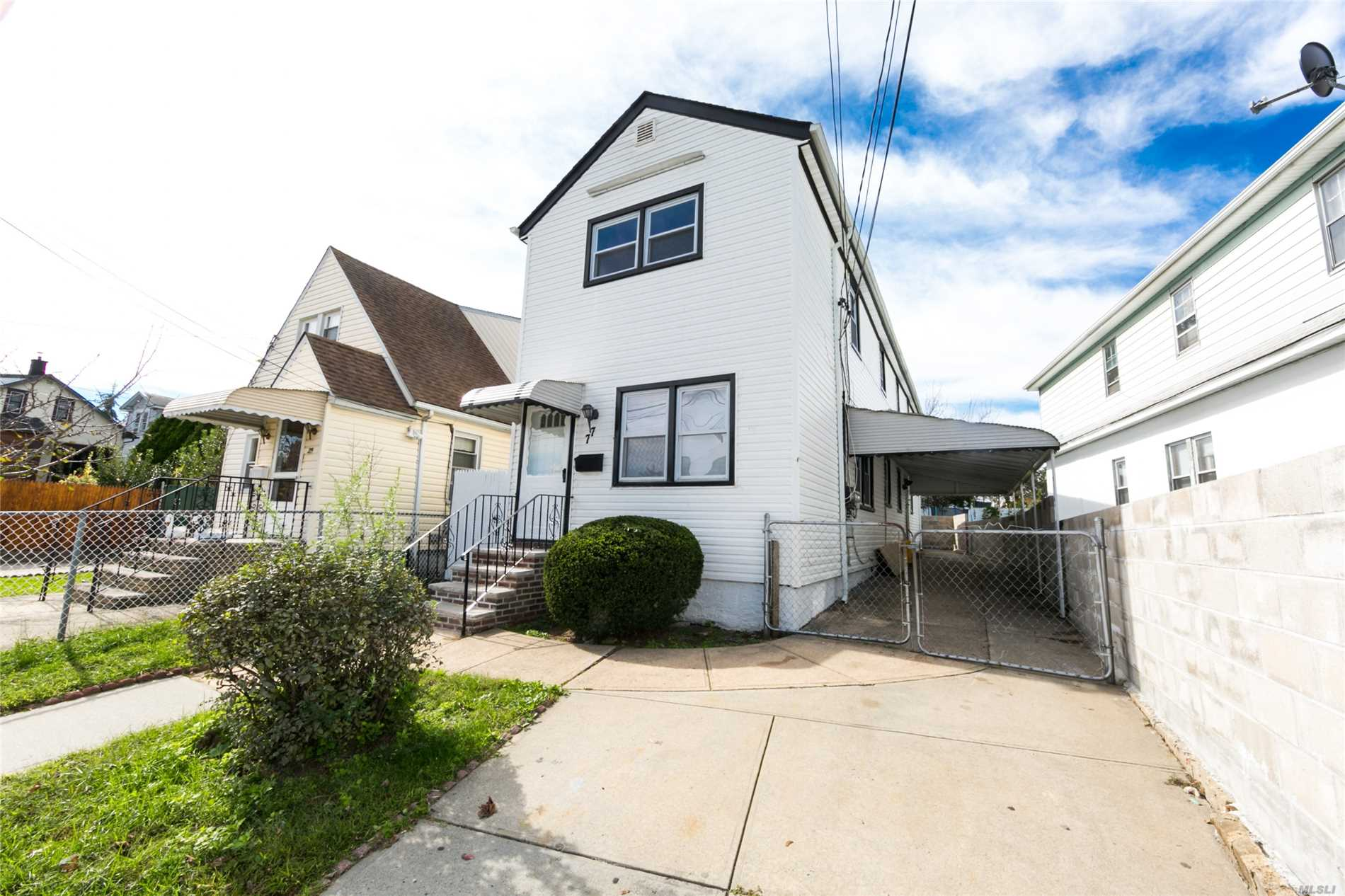 In The Heart Of Elmont Set Up For Mother And Daughter With Proper Permits. One Family Contemporary Detach Home Mostly New!! Four Bedrooms, Two Baths With Living Room And Kitchen, Hardwood Floors, Ceiling Fans, Stainless Steel Appliances, Granite Counters, Private Driveway, Big Backyard, Part Basement. Don't Miss Out On This Fantastic Opportunity!!!