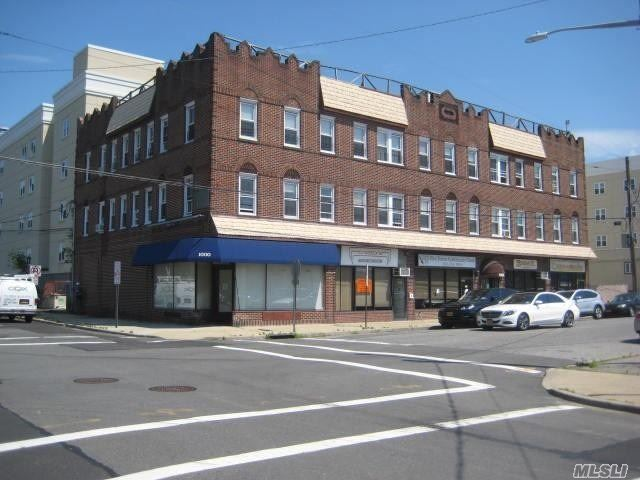 Totally Renovated 1 Br Apartment In Woodmere, Features Quartz Countertops, Stainless Steel Appliances, Recessed Lighting, Hardwood Floors, Washer/Dryer In Apartment, Close To Railroad, Shopping & Houses Of Worship.