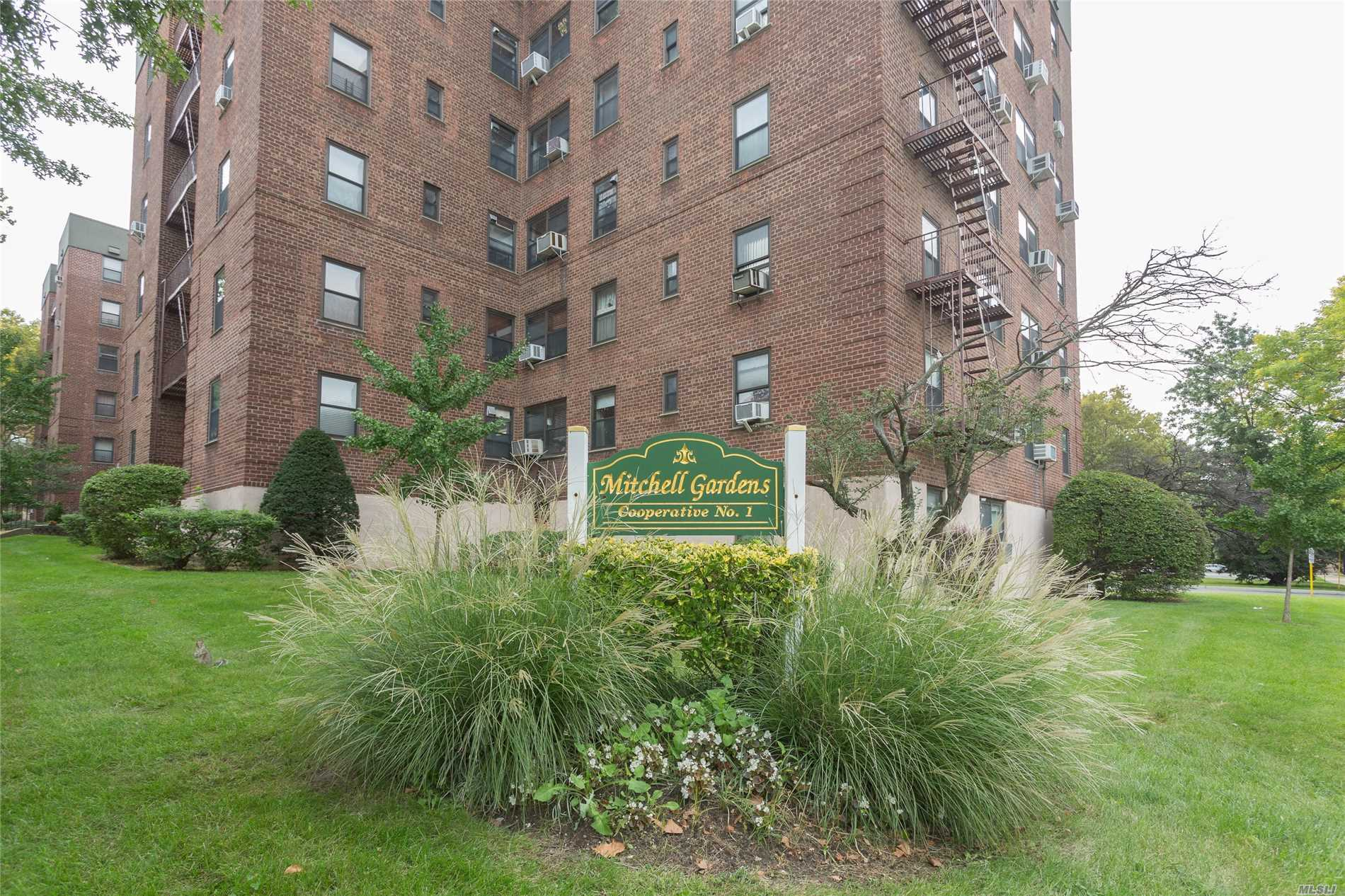 Location Location Location. Bright 1 Bedroom, 1 Bath Co-Op Located In The Heart Of Flushing. Newly Painted, Hardwood Floors, Ample Closets! Well Maintained Building In A Convenient Location! Outdoor Playground & Sitting Area. Close To Transportation, Library, Shopping, Post Office, Schools And More!