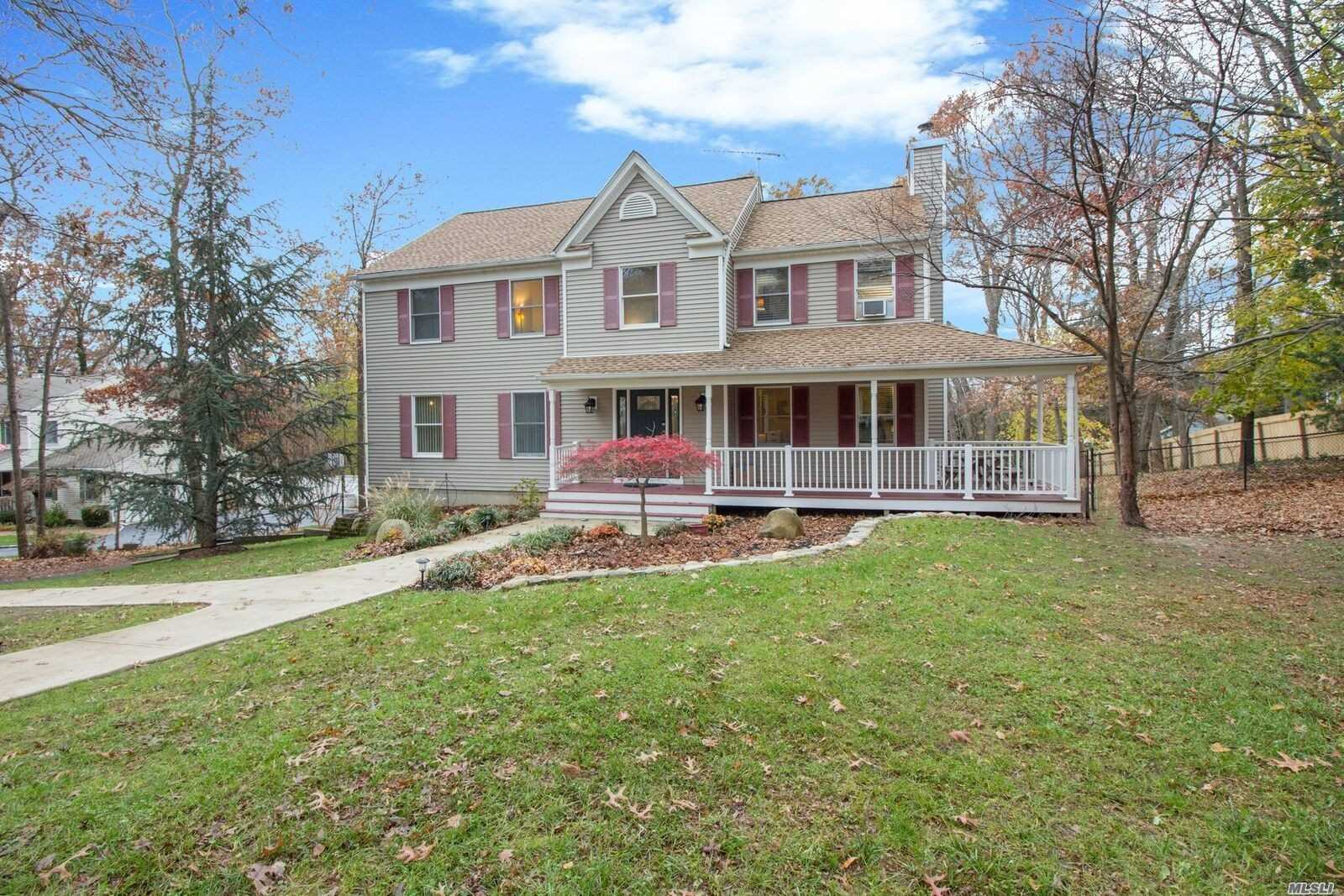 Great Home With Open Layout, Form Lr & Dr, True Eik,  Master En Suite, 3 Large Br, Den W/Fireplace, Laundry On 1st Fl, 2 Car Garage, Pool Off Deck, Very Private Backyard, 1/2 Acre. Taxes Being Grieved. Should Drop 2K