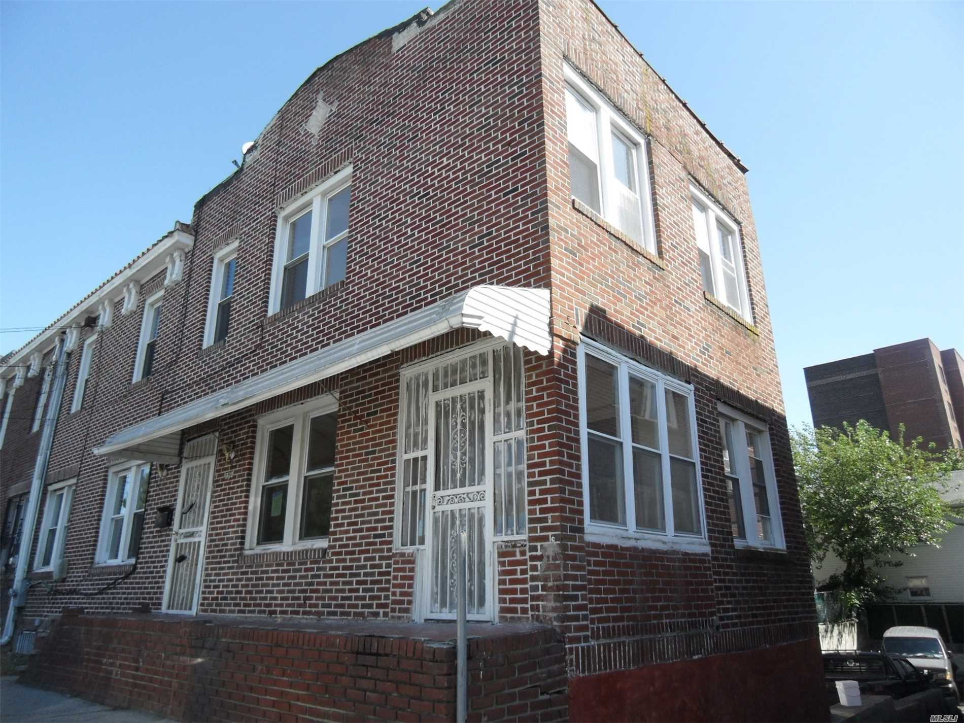 Amazing Opportunity In The Heart Of Far Rockaway! With Close Access To Tons Of Shops, Restaurants As Well As The A Train, Lirr, And Of Course The Beach! This Brick Property Boasts 3 Bedroom, 1.5 Baths A Basement And Garage With Living And Dining Room! Lots Of Sunlight Streaming In.... Let Your New Home Be Your Own Island In The Sun!