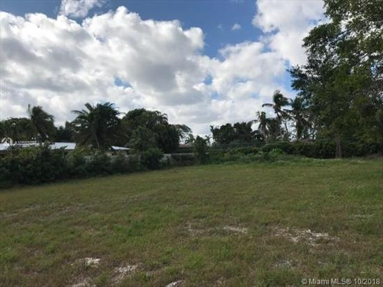 Great Opportunity To Build Your Dream Home In The Falls Area! Private Cleared Builders Half Acre! In The School District Of Leewood Elem, Palmetto Middle, Miami Killian Sr. Call Listing Agent For Appointments/Details.