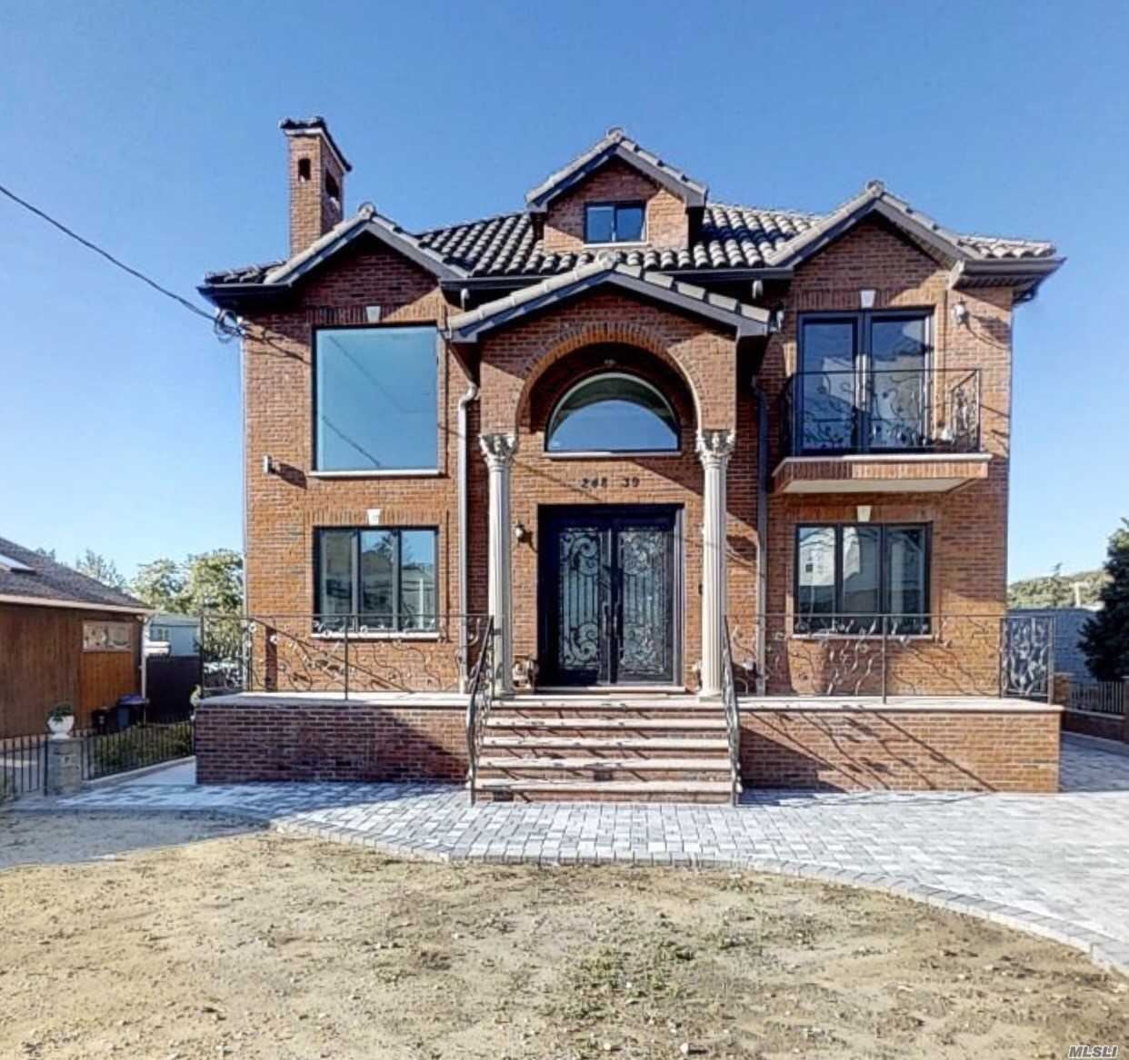 Brand New Construction Property With Heating Floor Material