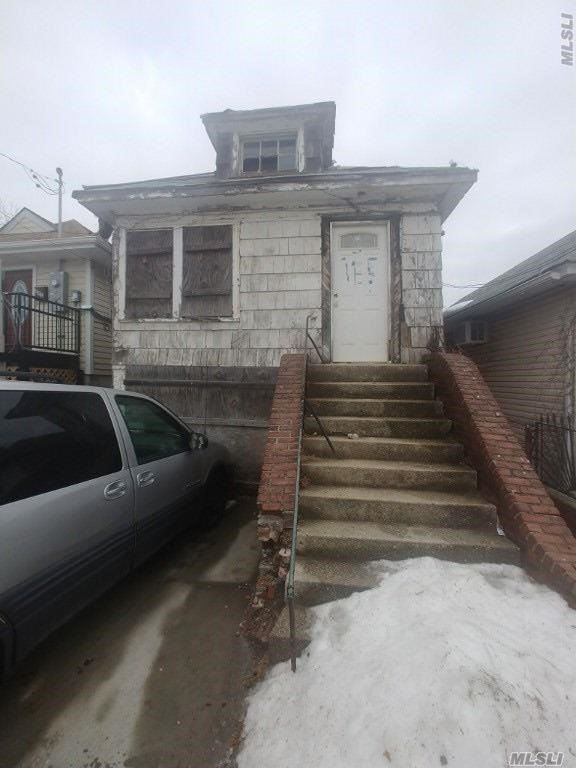 Extremely Distressed Property And Unsafe To Enter . Sold As Is. Cash Only.