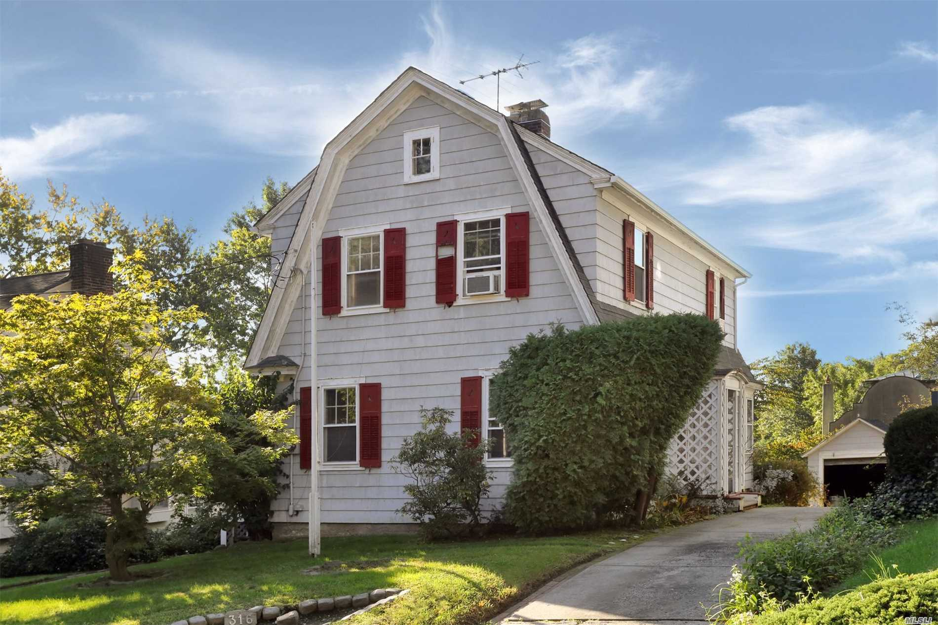 This Charming Douglas Manor 3 Bedroom 1920'S Dutch Colonial With Old World Style Is Ready For A Facelift. In The Center Of A Picturesque Waterfront Community, It Is Close To Highways And All Major Transportation Just 28 Min To Nyc. Make This House Your Home Just In Time For The Holidays. Douglaston Manor Association Fees Aprox $650 Per Year