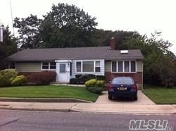 Mint Totally Redone Whole House Rental, Fenced Yard, Den/Fireplace, 3 Bedrooms, 1.5 Baths.