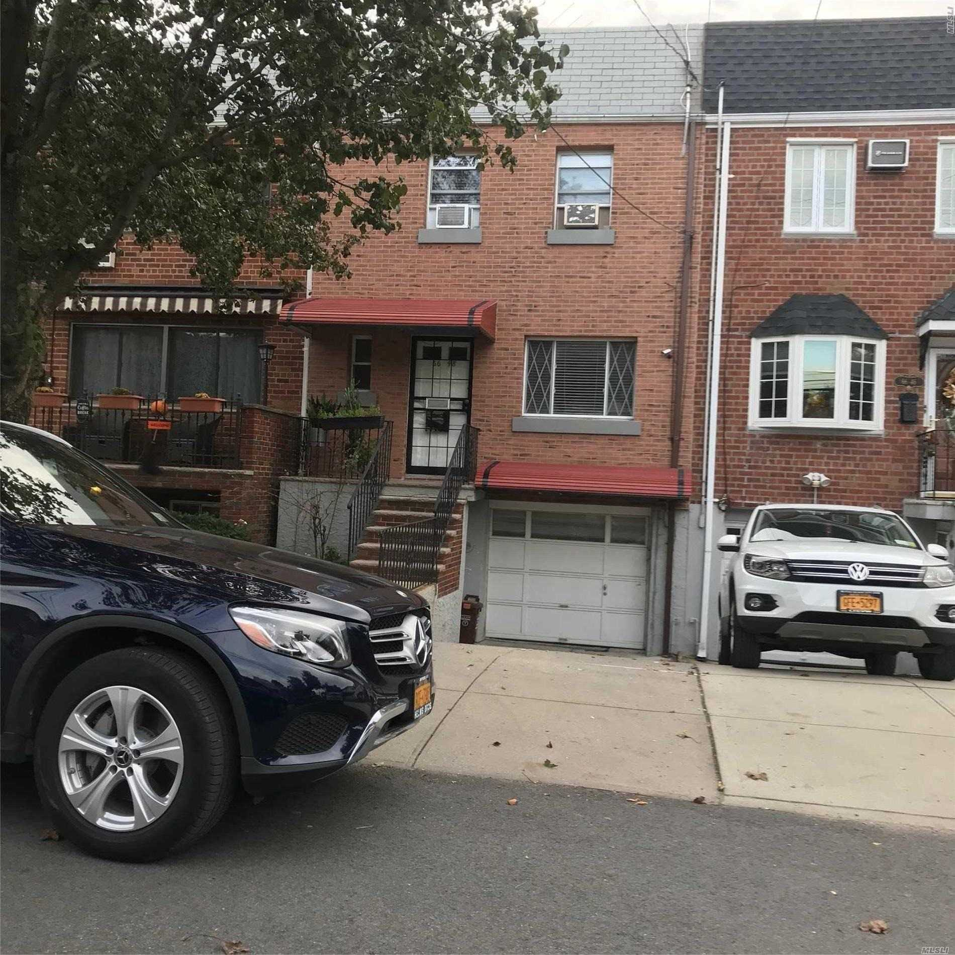 Great House, Great Location, Walk To M Train