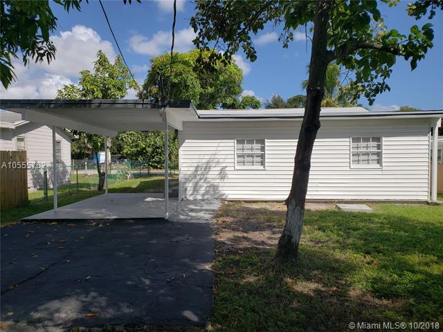 Gorgeously Remodeled Inside And Out! Beautiful Backyard Mature Trees, Room For A Pool And Driveway With A Carport. Just North Of The Palm Beach Airport, This Home Is Close To All Major Highways. Easy To Show.
