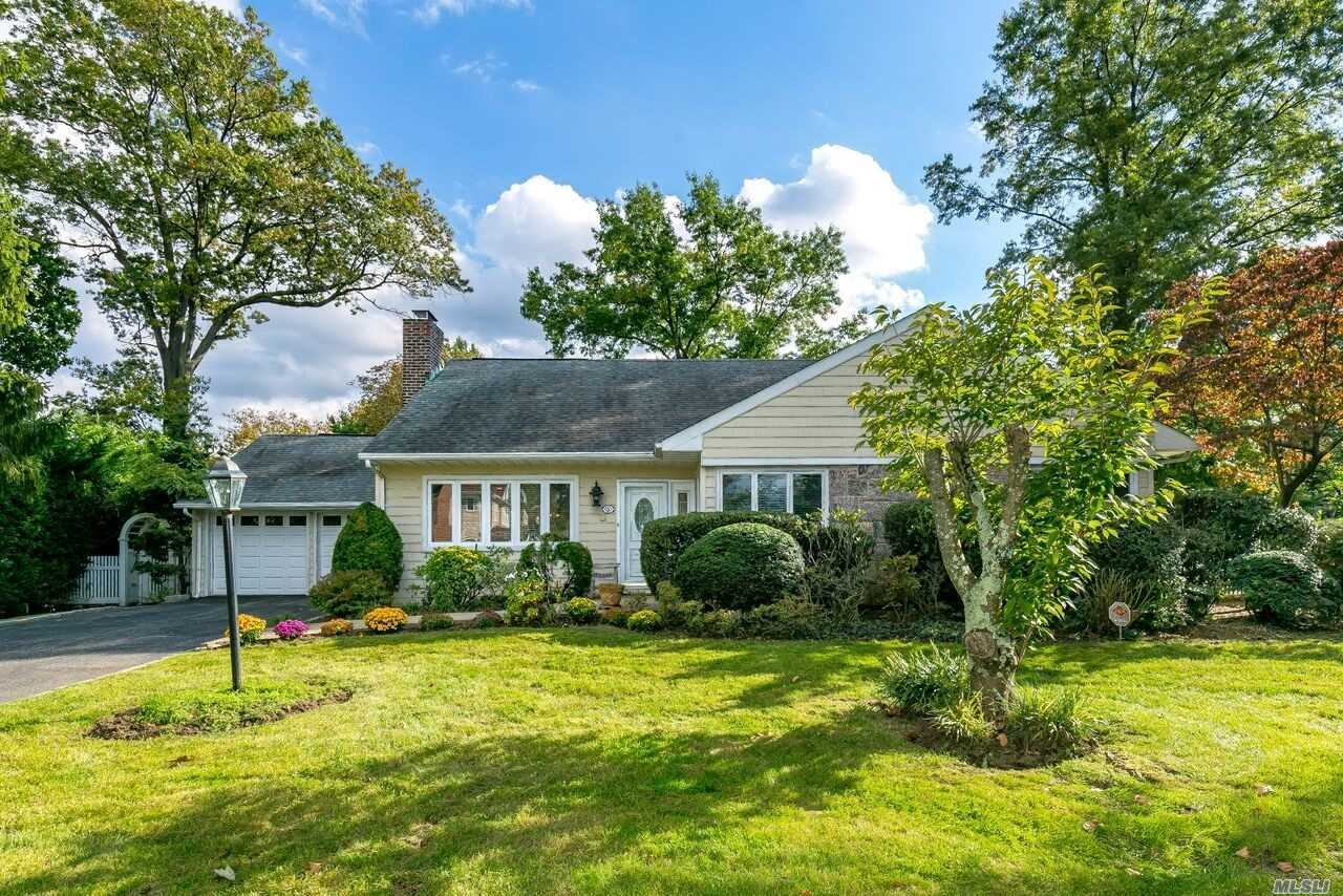 Welcome To This 4Br, 3Bth Ranch In The Heart Of Roslyn Pines. Features Flr W/Fpl, Fdr W/French Drs Leading To Deck, Eik, Wood Cabinets, Ss Applcs, Ceramic Tile, Lg Den/5th Br W/French Drs To Patio, Parklike Property, Mstr Suite/Fbth, 1Br, Fbth & Jacuzzi Full Fin Bsmt W/Off, Lg Playrm, Lndry, Storage, Cedar Closet, Pool/Tennis Community Rolsyn Pines, Hrdwd Flrs Throut, Cac, 2 Car Gar, Updated Windows, French Drain, Fitted Closets, Wood Panel Drs, Hi Hats Thruout! Wired For Sound! Won't Last!!