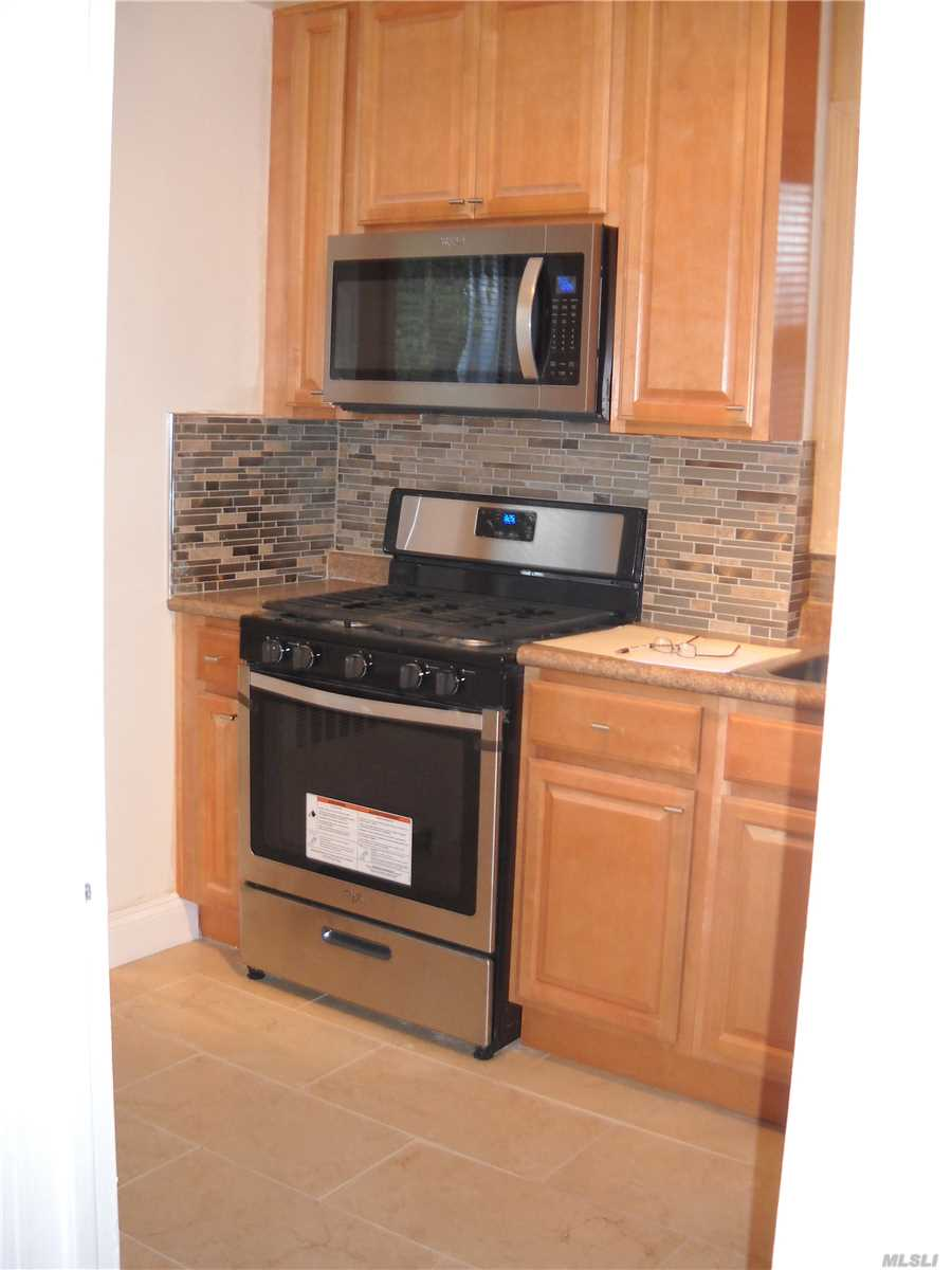 Updated Two Bedroom Room Apartment, Wood Floors, New Appliances