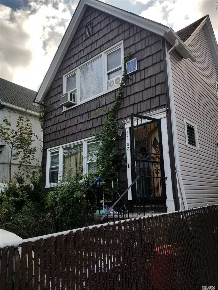 Excellent Opportunity For Investors, Great Neighbor Hood. Cosmetically Upgrades Definatley Needed.