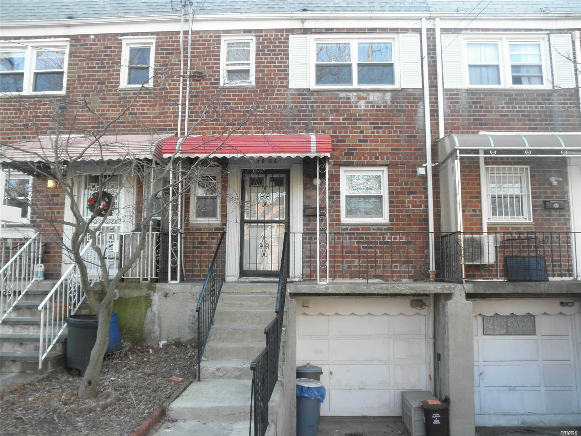 All Brick One Family House @ Prime Bayside Hills Location ! Nice Private Backyard . Walk To Lirr & Buses Q27/31./ Near Shops, Close To Everything . Top School Dist #26 .
