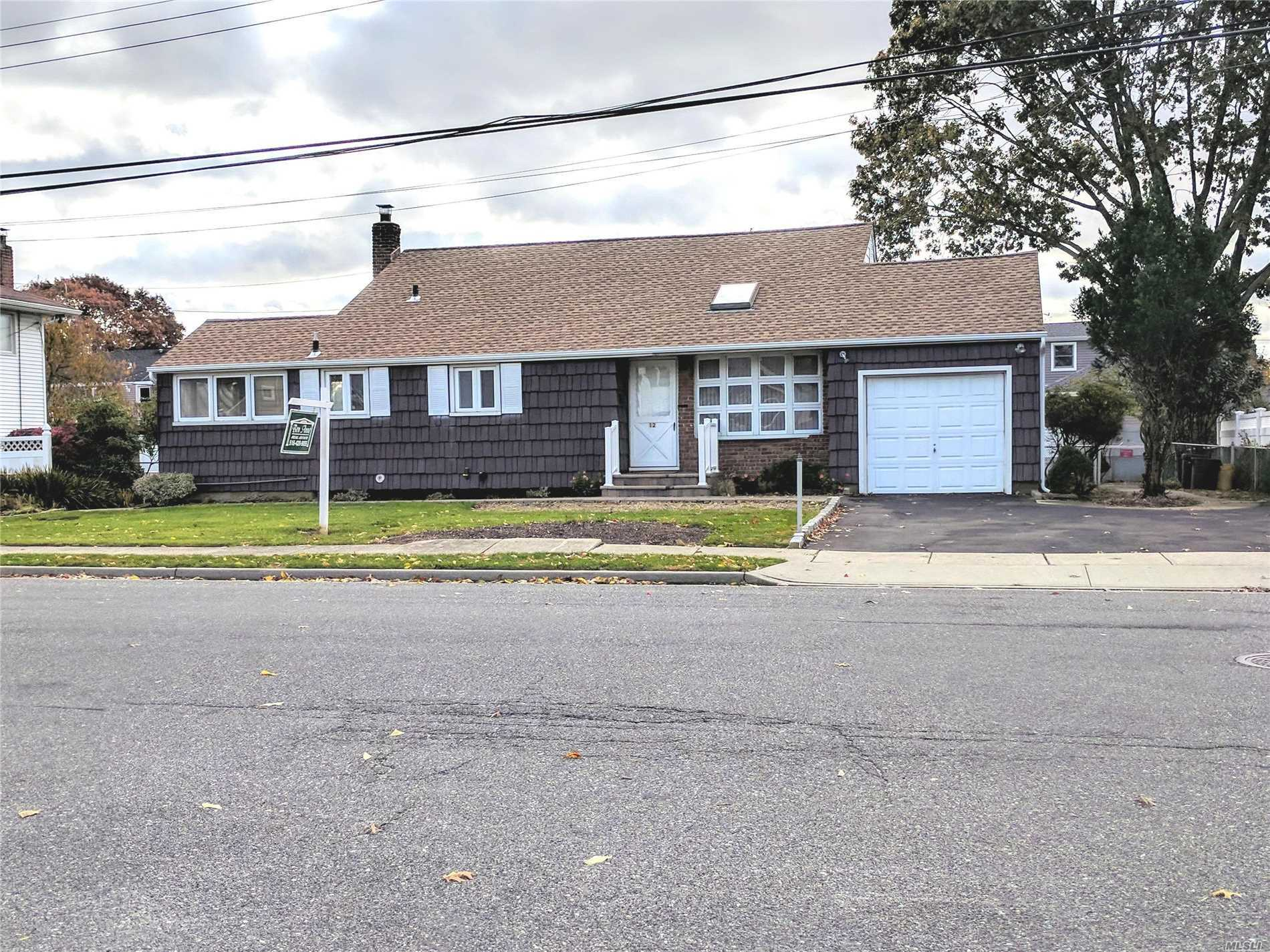 Just Listed, Mid Block Location On 80 X 100. Front To Back Split W/Ext Updated Eat In Kitchen. New Roof, Paver Walkway And Stoop, 6 Zone Igs And Acs. Fenced. Near Woodward Pkwy Elementary. Taxes After Star $7, 771. Flex Occupancy. Lots Of Interior Storage, Att Garage & Shed. Spacious Lr W/Cath Ceiling & Skylt. Dbl Wide Driveway And Plenty Of On Street Parking. Carpets Removed On Main Level, 2 Brs & Hallway To Show Hardwood Floors. Backyard Being Further Cleared Out This Week. New Pix To Follow.