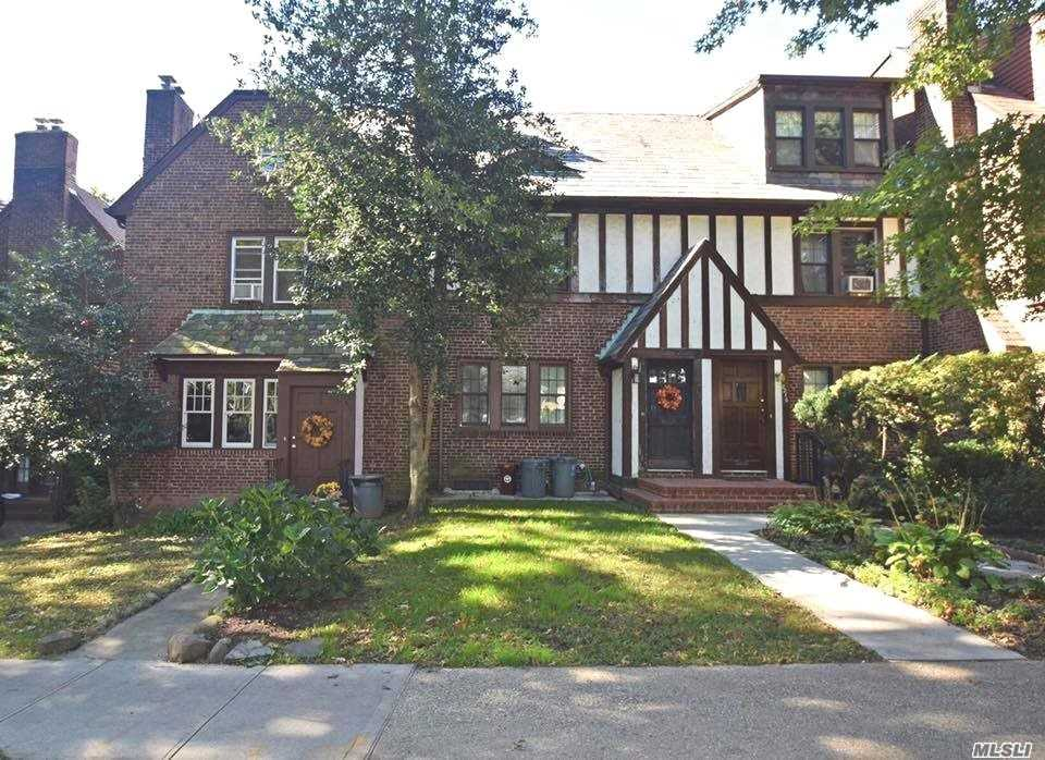 Gorgeous, Solid Brick English Tudor W/ Private Patio, Oversized Backyard, Detached Garage & All The Charm! Centrally Located In The Heart Of Kg. Short Walk To Express E/F Trains, Lirr 16 Mins To City, Near Jfk & Lga, Shops, Entertainment, Etc. Zoned For Top School District & Ps 99. Elegant Features Include Wood-Burning Fireplace, Wood Floors, Lead Glass Windows, Kitchen W/ Granite Countertops/Stainless Steel Appliances/Glass Back Splash, Renovated Baths & Novelty Details Throughout. A Must See!