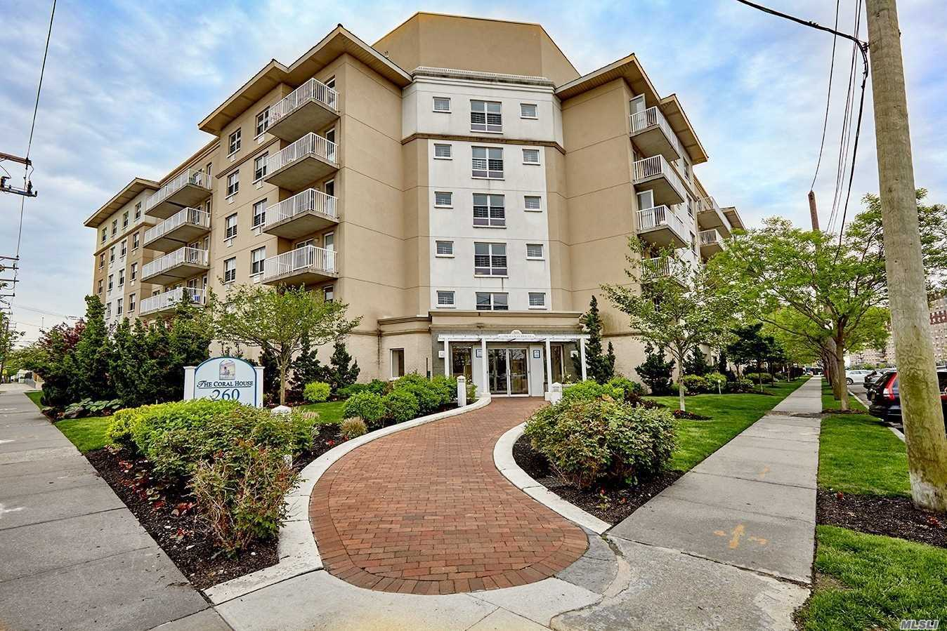 Beautiful 2 Bedrooms Condo In New Building With 15 Tax Abatement. Near Beach With Beautiful Ocean View And Convenience To School, Shopping & Transportation. Subway # A Train Just Few Blocks.
