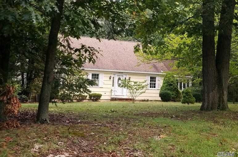 Beautiful Country Setting. Oversized Cape Style Home With Attached 1 Car Garage. Property Features 1.34 Acres And A Large Additional Garage/Outbuilding. Possibilities Are Endless, 4 Bedrooms 2 Bathrooms And A Large Walk Out Finished Basement. Do Not Miss This Property!