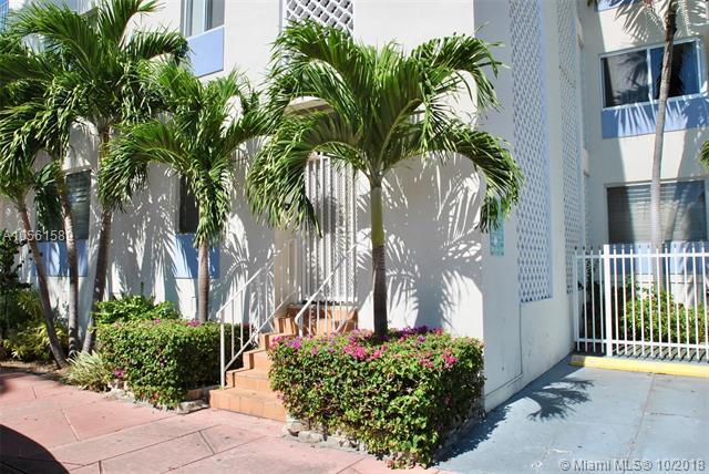 Private Unit On Desirable Espanola Way. Nicely Refreshed And Ready To Move Into. Newer Kitchen And Bath. Ceiling Fan, Wall A/C. Located On The Quiet End Of Espanola Close To Euclid Ave. Parking Available From Association For Additional Fee. Easy To Show