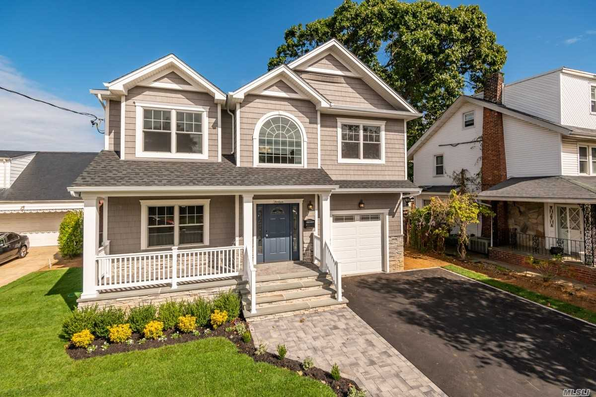 New Center Colonial. Four Huge Bedrooms, Family Room With Fireplace. Master Bedroom With Walk In Closet. All High End Finishes. Full Basement With 8Ft Ceilings.Close To Excellent Schools. Taxes Are Approximated. To Be Built.