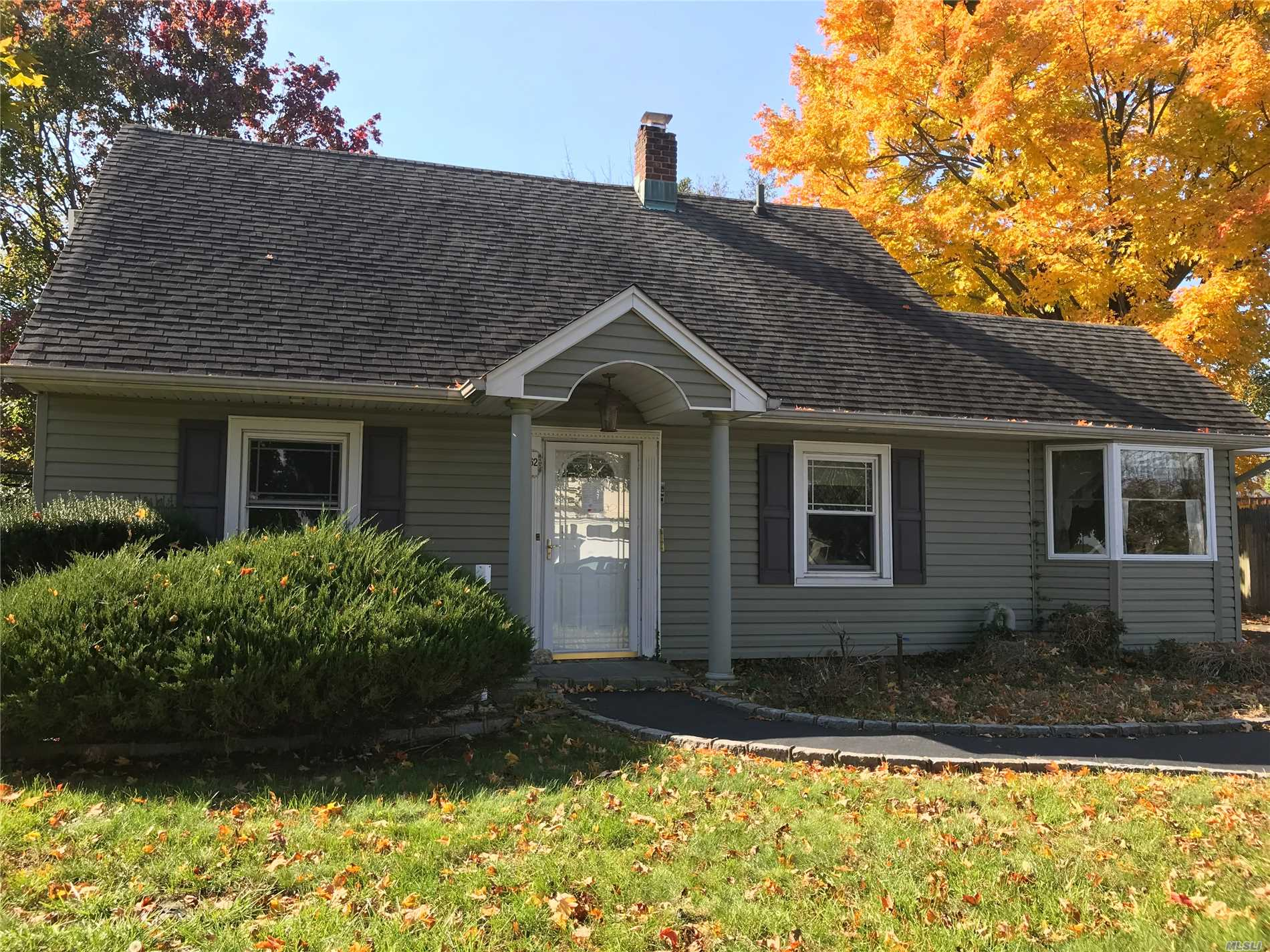 Property Is Sold In An As-Is Condition With No Access To House. All Information Deemed Reliable But Not Guaranteed. Buyer Have To Verify All Information.