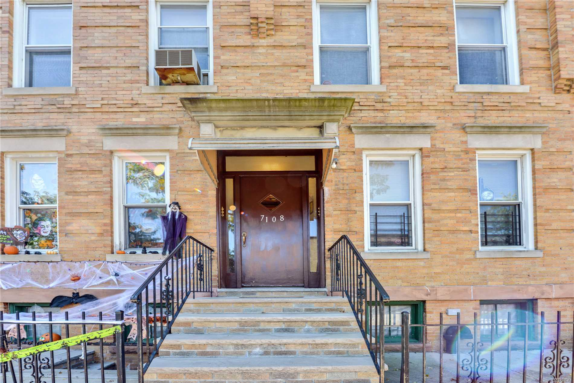 Great Investment Opportunity ... Large Six Family On Glendale/Ridgewood Border ... Minutes To The M Train ... $80, 000 Rent Roll ... Call For More Details ...