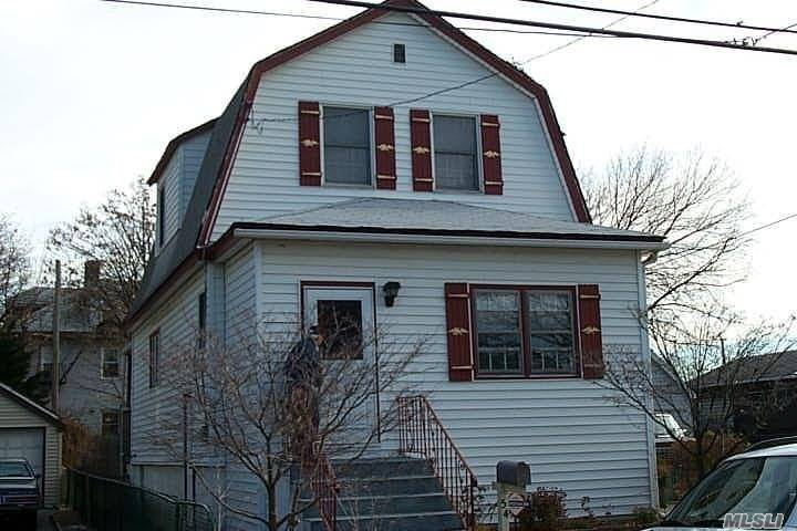 3 Bed 2 Bath Colonial Home Move In Ready Deck With A Nice Yard Large Garage Centrally Located