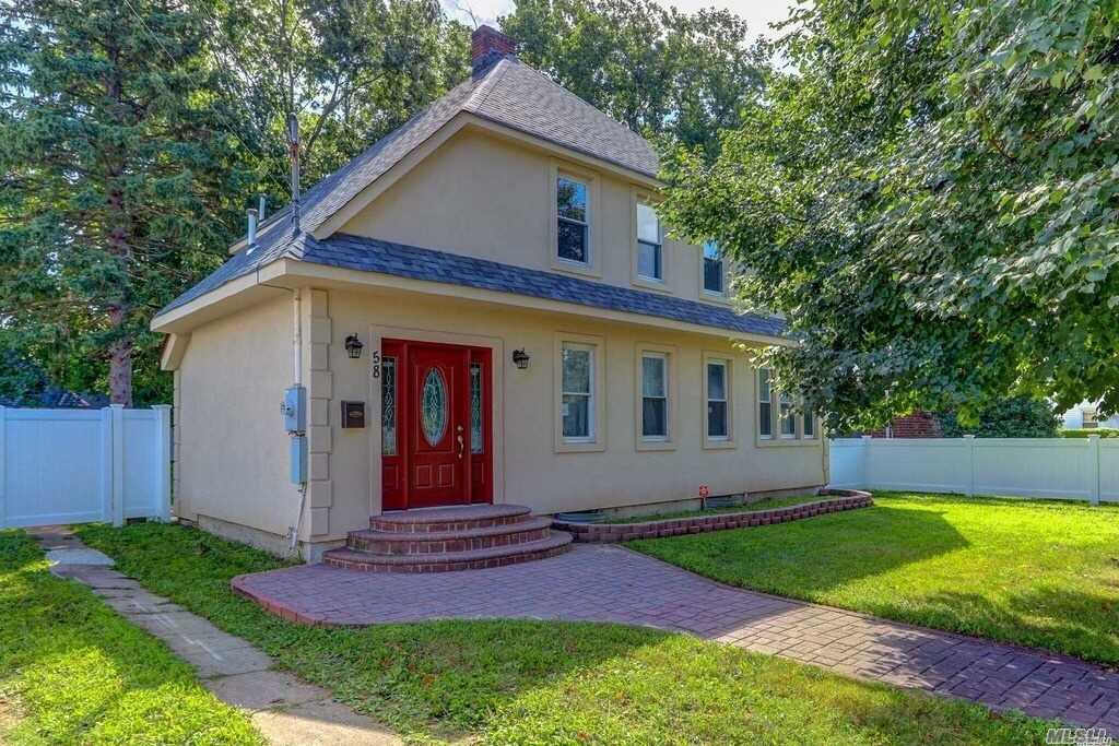 Beautiful Totally Renovated Includes New Windows, Electric, Plumbing, Gas Heat , Roof. All Stainless Steel Appliances With Brain New Kitchen. 4 Beautiful Bedroom With Great Work On Ceramics Tile For The Bathrooms. New Fresh Paints, Well Fenced With Pvc. Act Quick As It Will Go Very Fast!!!