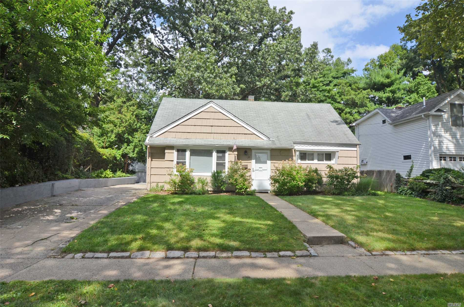 Lovely Cape Home Set On Quiet Block In Fabulous Terrace Neighborhood. All New Windows. All New Carpeting. Newly Painted Interior. Large Patio With Great Backyard.