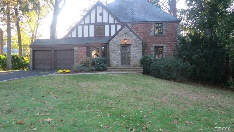 Beautifully Maintained Strathmore Vanderbilt Tudor With 4 Bedrooms, 3 Full Baths, Eat-In Kitchen And Private Rear Deck. December 1st Occupancy.