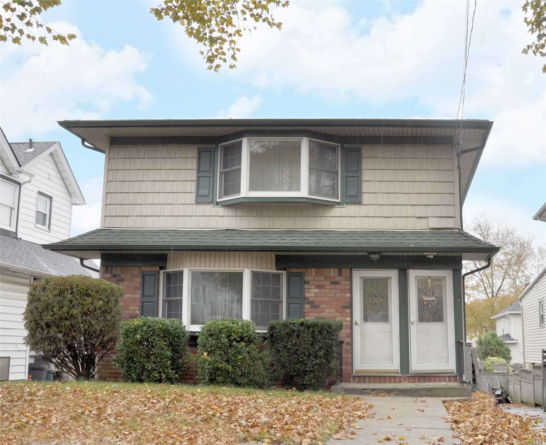 Rare 2 Family House In The Village Of Williston Park. 1, 100 Sq. Feet Of Living Space On Each Level. Each Floor Has A Living Room, Dining Room, Kitchen, Full Bath, And 3 Bedrooms. Anderson Windows And Hardwood Floors Throughout. Basement With Ose. Great Opportunity For An Investor Or Extended Family.