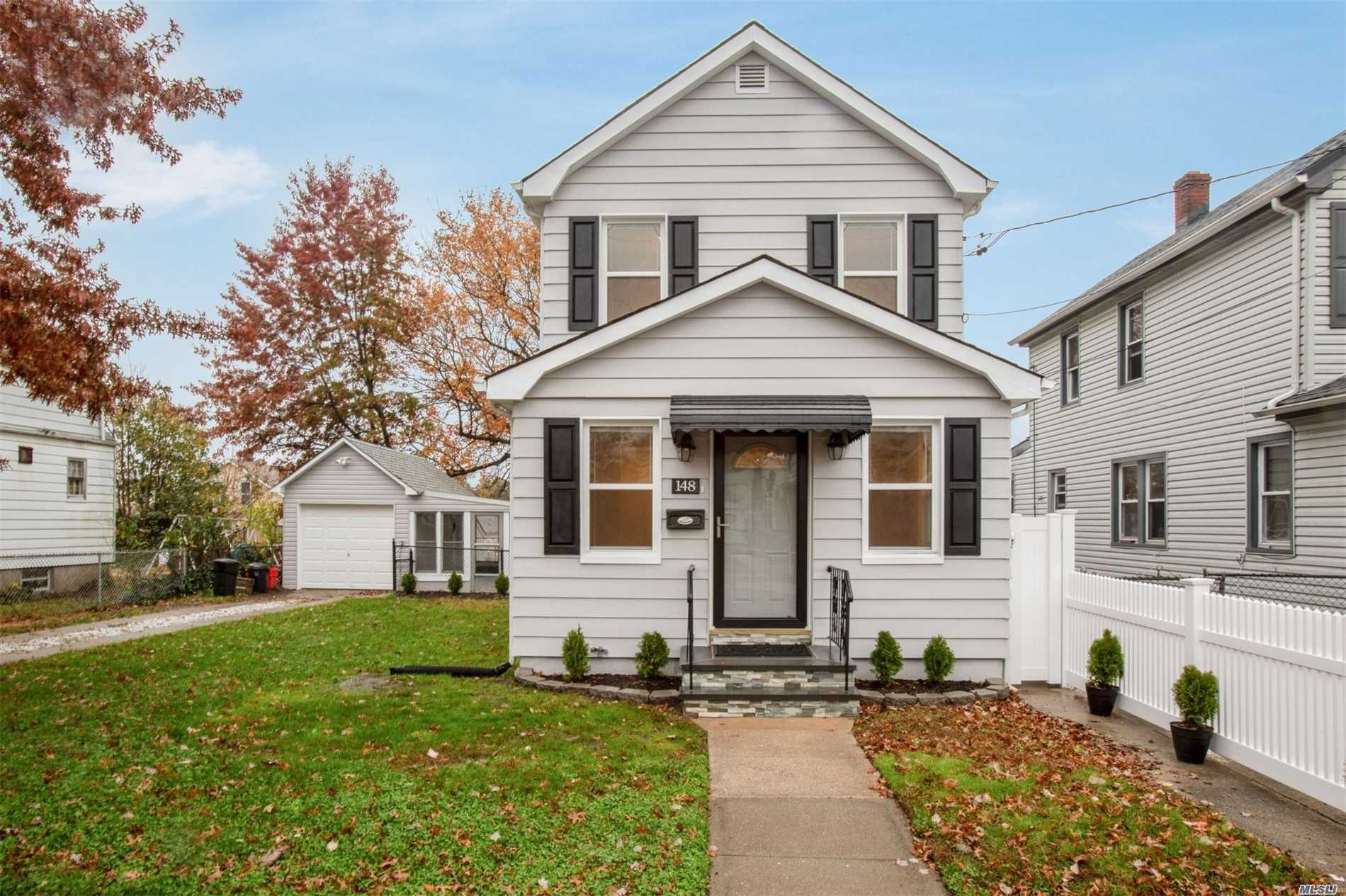 Beautiful Renovated 3 Bedrooms House!!!..Hi Hats Through The Whole House, New Kitchen W/ Granite Counter, Stainless Steel Appliances, New Bathrooms, Full Fin. Basement, Gleaming Wooden Floors, New Stoop, Too Much To List!!!..Close To All! ,
