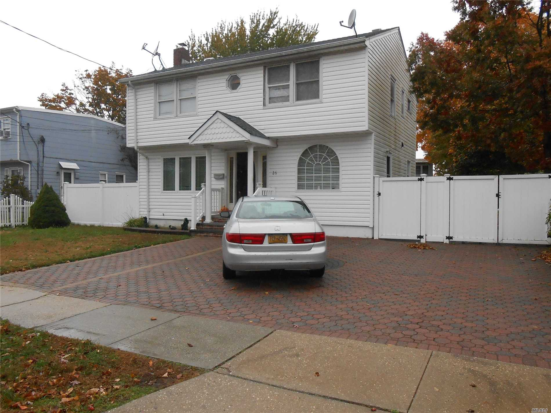 Home Updated Nicely With 4 Bedrooms, 2 Baths, Full Basement With Oce, And Close To Shopping