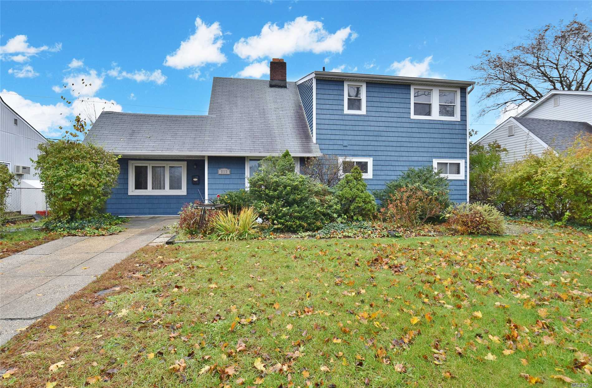 Spacious And Well Maintained 5 Bedroom 2 Bathroom Expanded Cape. Eat In Kitchen, Formal Dining Room, Living Room/ Family Room. Close To Shopping And Parkways! Low Taxes! Won't Last!
