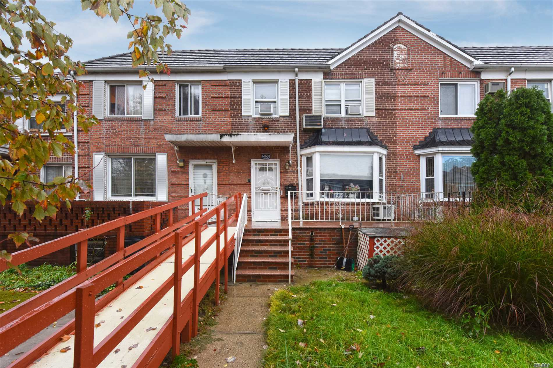 Rare Gem On One Of The Best Blocks Of Kew Gardens Hills. 20 Foot House, 3 Bedrooms, Sunken Living Room, Dining Room, Den, Kosher Kitchen, 3.5 Bathrooms, Master Suite, Finished Basement. Must See!!!!