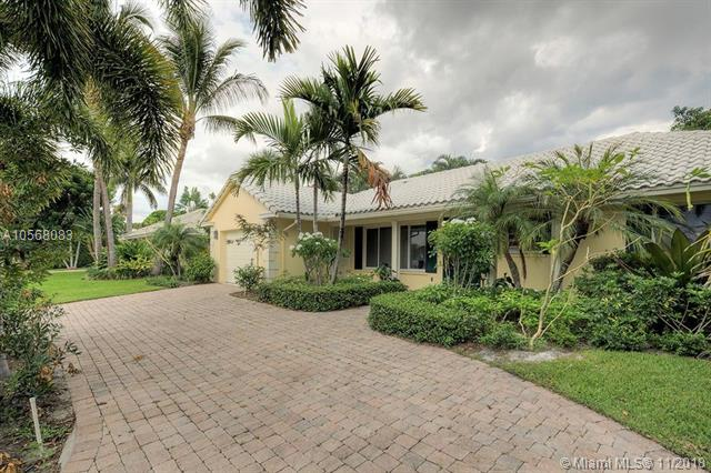 Boca Raton'S Most Sought After Communities, Camino Gardens A-Rated Schools: Addison Mizner Elementary; Boca Middle, High; 2/2 1 Car Garage. Beautiful Lot, Newer Circular Paver Driveway, Newer A/C. New Kitchen And Baths. Stainless Steel Appliances, Granite Countertop, Eat-In Area, Gas Cooktop, Vaulted Ceilings, Plantation Shutters Throughout. 2 Miles To Beach, Great Shopping, Restaurants At Mizner Park And Royal Palm. Close To Fresh Market And Publix