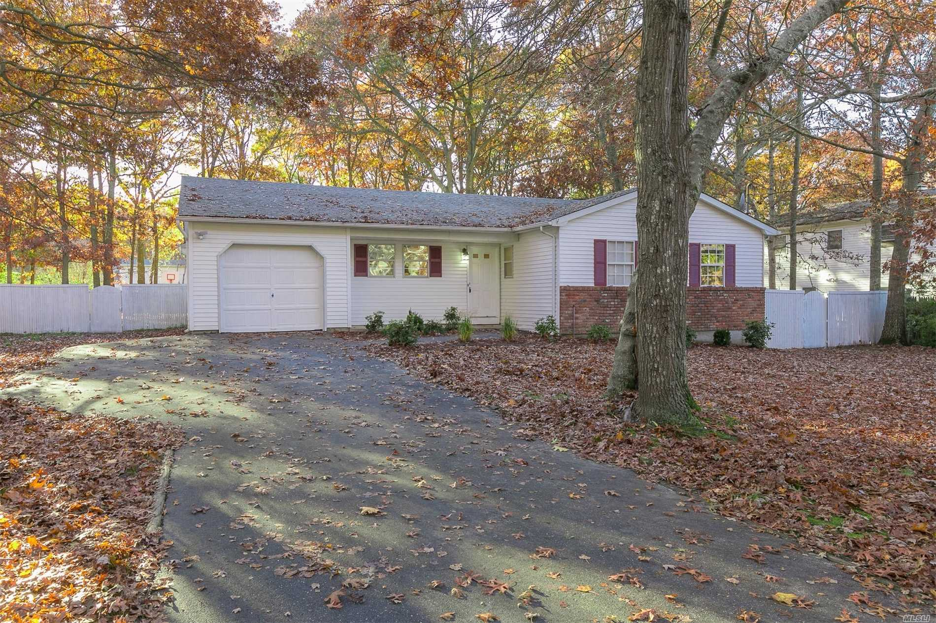 Recipe For House Happiness Is This 4 Br, 2.5 Bath Sprawling Ranch. Features New Kitchen, Floors, Paint, Den, Lr, Dr, Full Basement, Garage, Cac And A Fantastic Yard W/ Bball Ct, Play Set, Patio For Family, Friends And Pets..Close To All Major Highways To Save On Your Commute