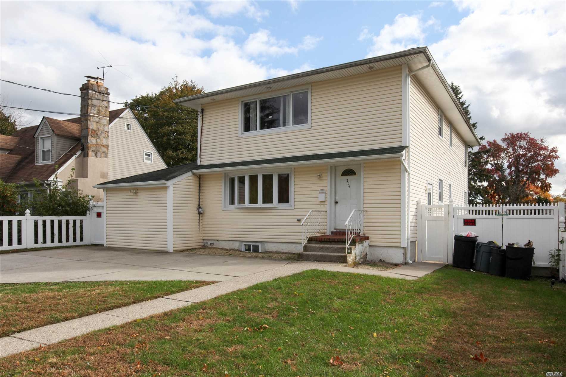 Large House With 6 Bedrooms, 2 Kitchens And 2.5 Bathrooms In The Heart Of Uniondale. Close To Shopping Centers And Public Transportation. Gas Heat, Large Yard.
