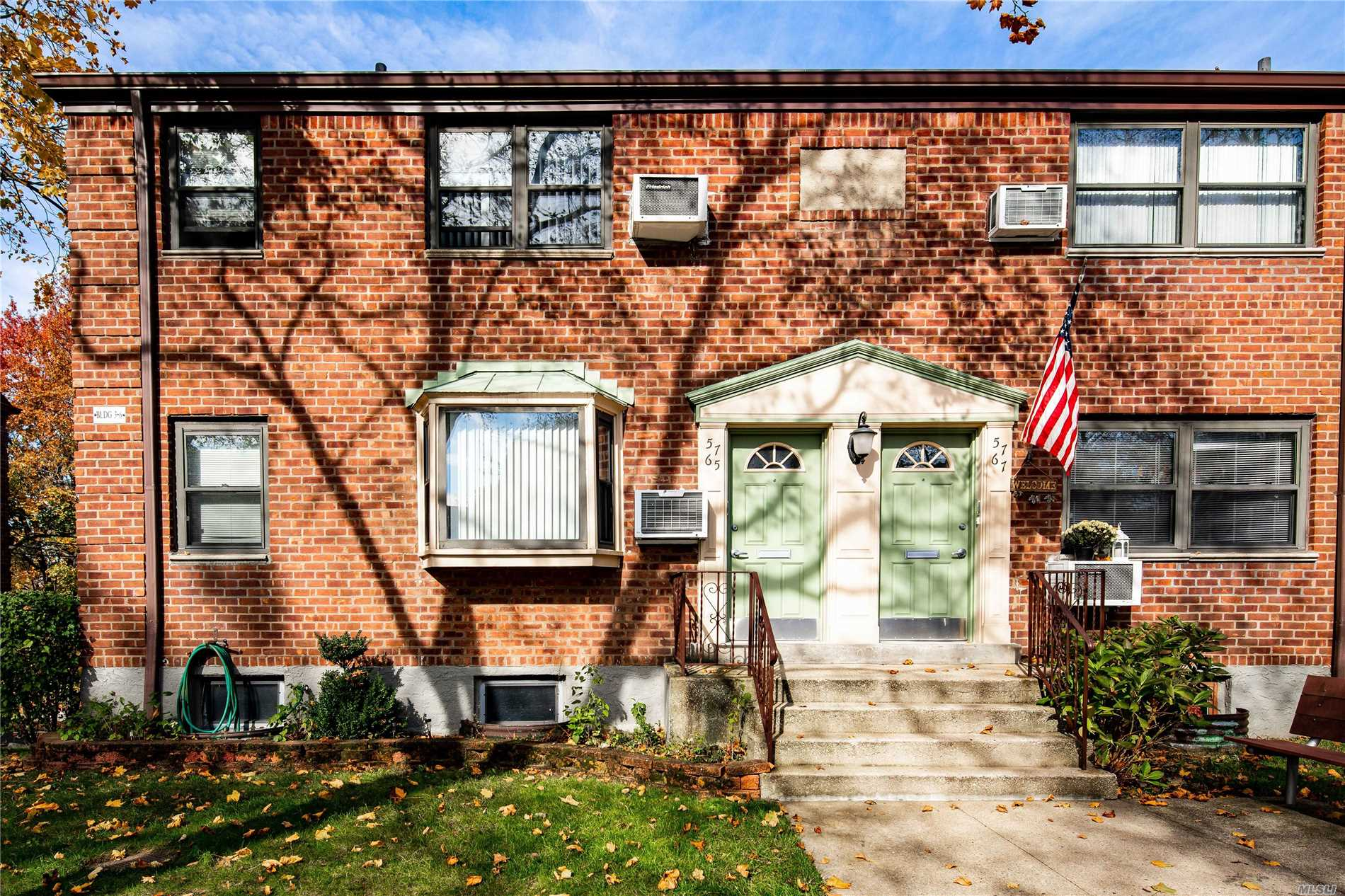 1 Bedroom 1 Bathroom Corner Unit On Tree Lined Street. Light Streams In Through Northern, Southern, And Western Facing Windows. L Shaped Living Room And Dining Room, Spacious Bedroom, And Full Bathroom. Stand Up Attic For Additional Storage. Maintenance Includes All Utilities. Seconds Away From The Expressway, And Close To Dining, Shopping, And Lirr