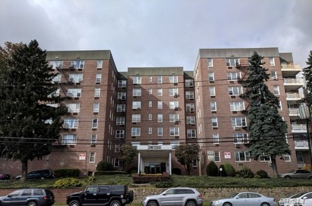 Spacious 1 Bedroom, 1 Full Bath Co-Op In Glendale Garden! Efficient, Galley Kitchen Nice Sized Living/Dining Room. Centrally Located To All Needed & Wanted Amenities, Including Transportation. Make It Your Very Own With Just A Little Tlc!
