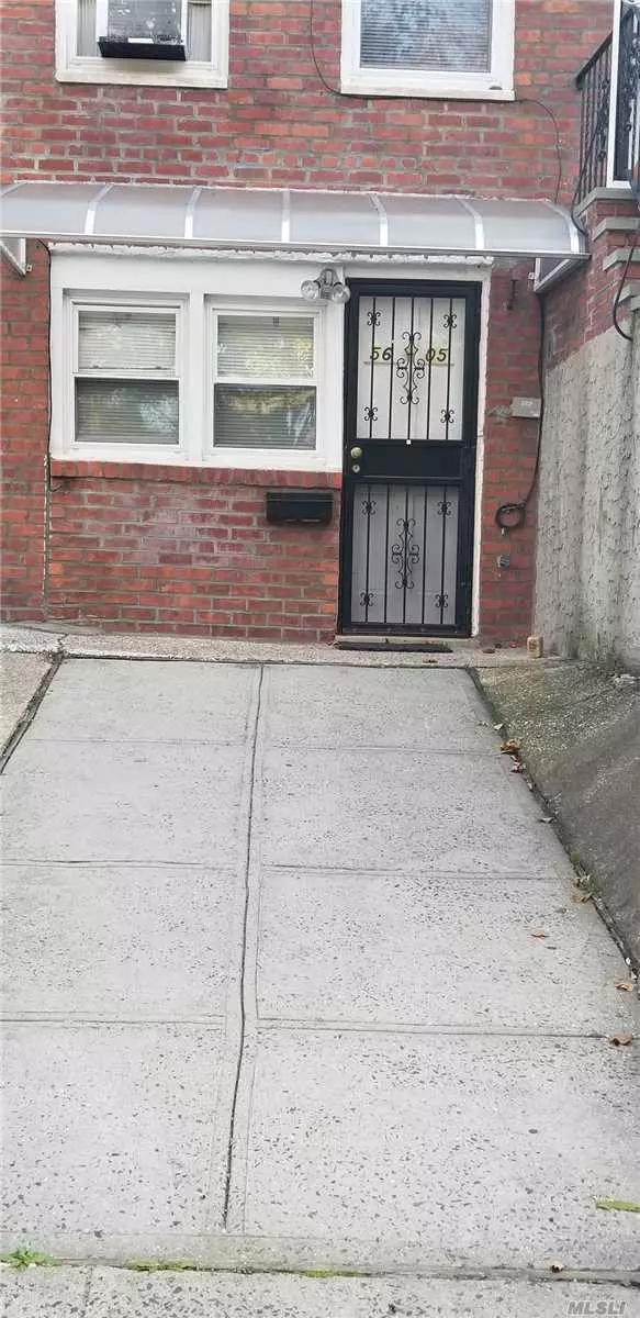 Cozy 1 Brand New Bedroom Convenience To Northern Blvd / Lie 3Min & Street Parking........................