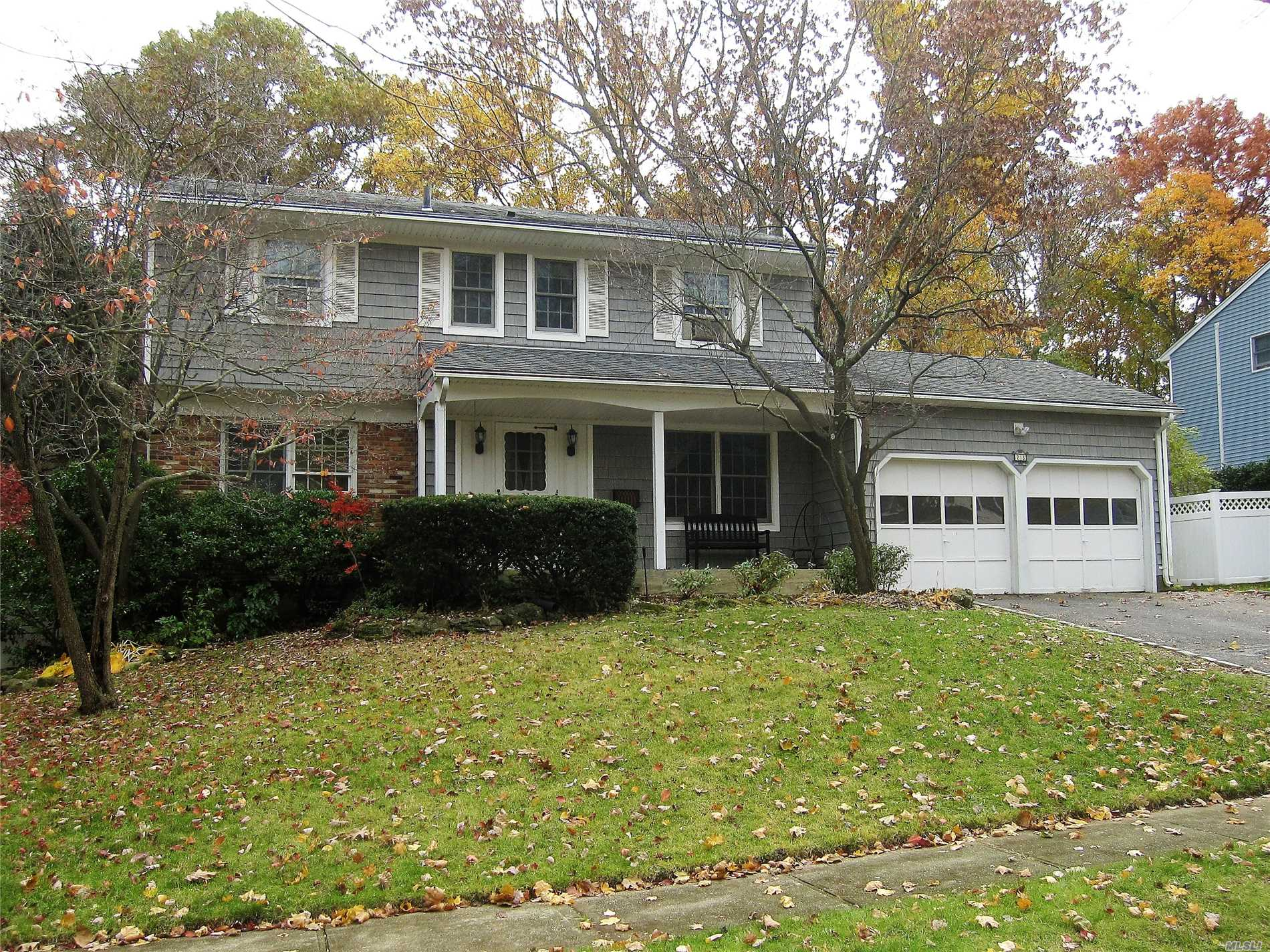 Newly Renovated Colonial House In The Very Quite And Convenient Location, This Rental Property Has Bright Living Room And Formal Dining Room, Eik , Family Den W/Fireplace, Slide Door Leads To Rear Wood Deck. Hardwood Floor Throughout, Freshly Painted Entire Interiors, Newly Installed High-Grade Ceramic Floor In The Basement. 10 Minute Walk To Lirr Station. Syosset Schools.