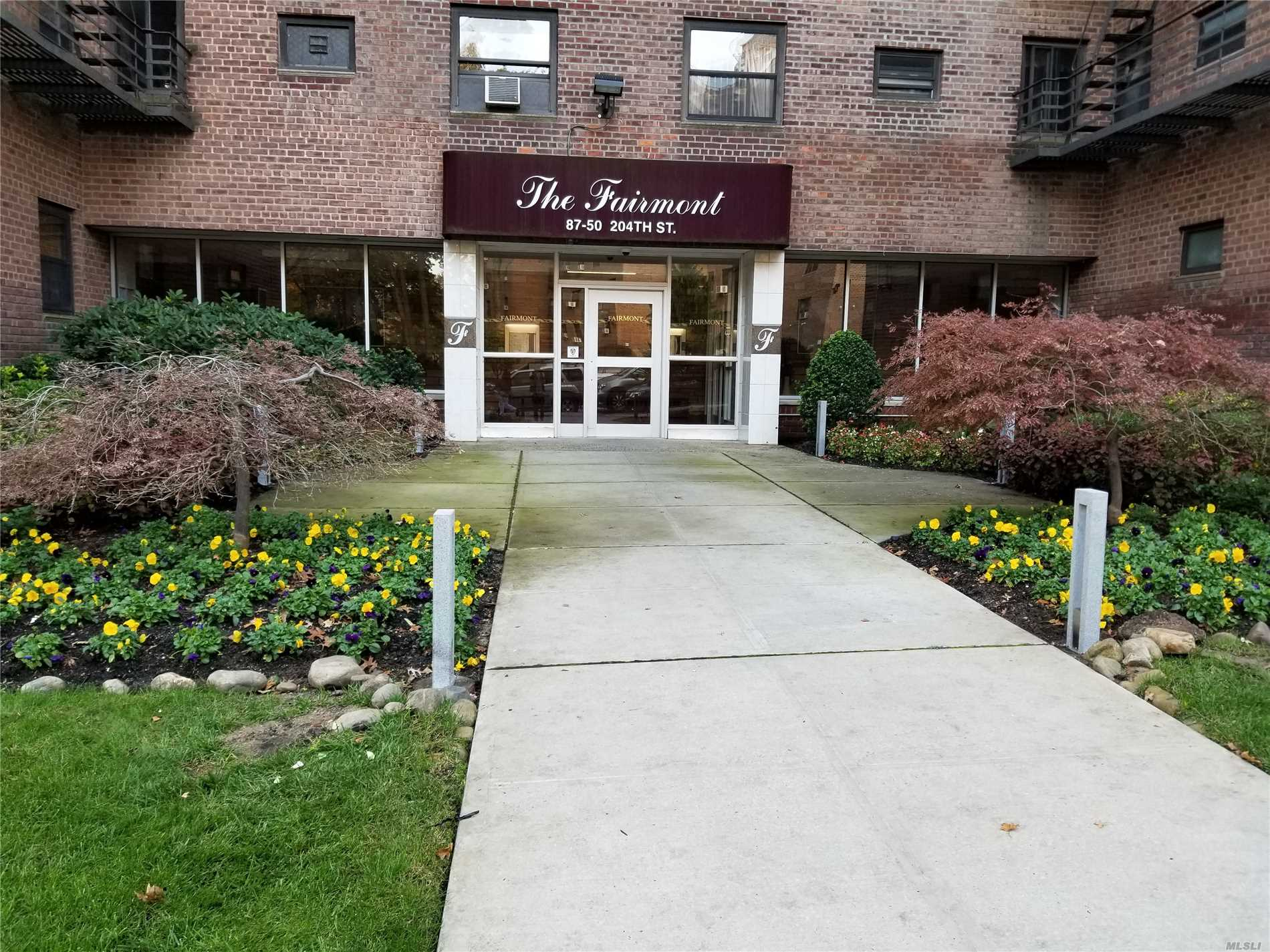 Large 2 Bedroom Coop With Extra Closet Space Beautiful Views With Plenty Of Sunlight. Freshly Painted Unit Will Not Last.