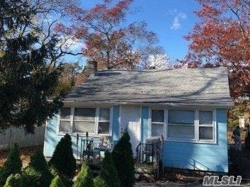 Quaint 2 Bedroom 1/2 Block From The Water With Room To Expand.