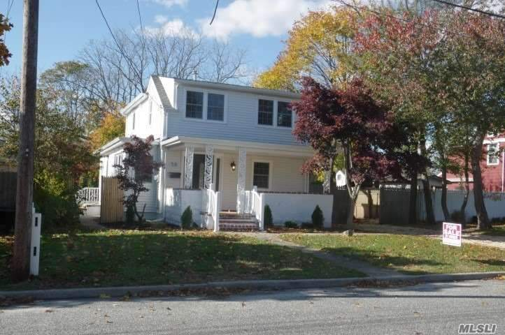 Nothing To Do But Move In To This Great Diamond Renovated Colonial Home. New Shaker/Quartz Kitchen W/Stainless Steel Appliances. New Quartz Bathrooms. Spacious Deep Backyard For Family Gatherings. Call To See This Home Today!