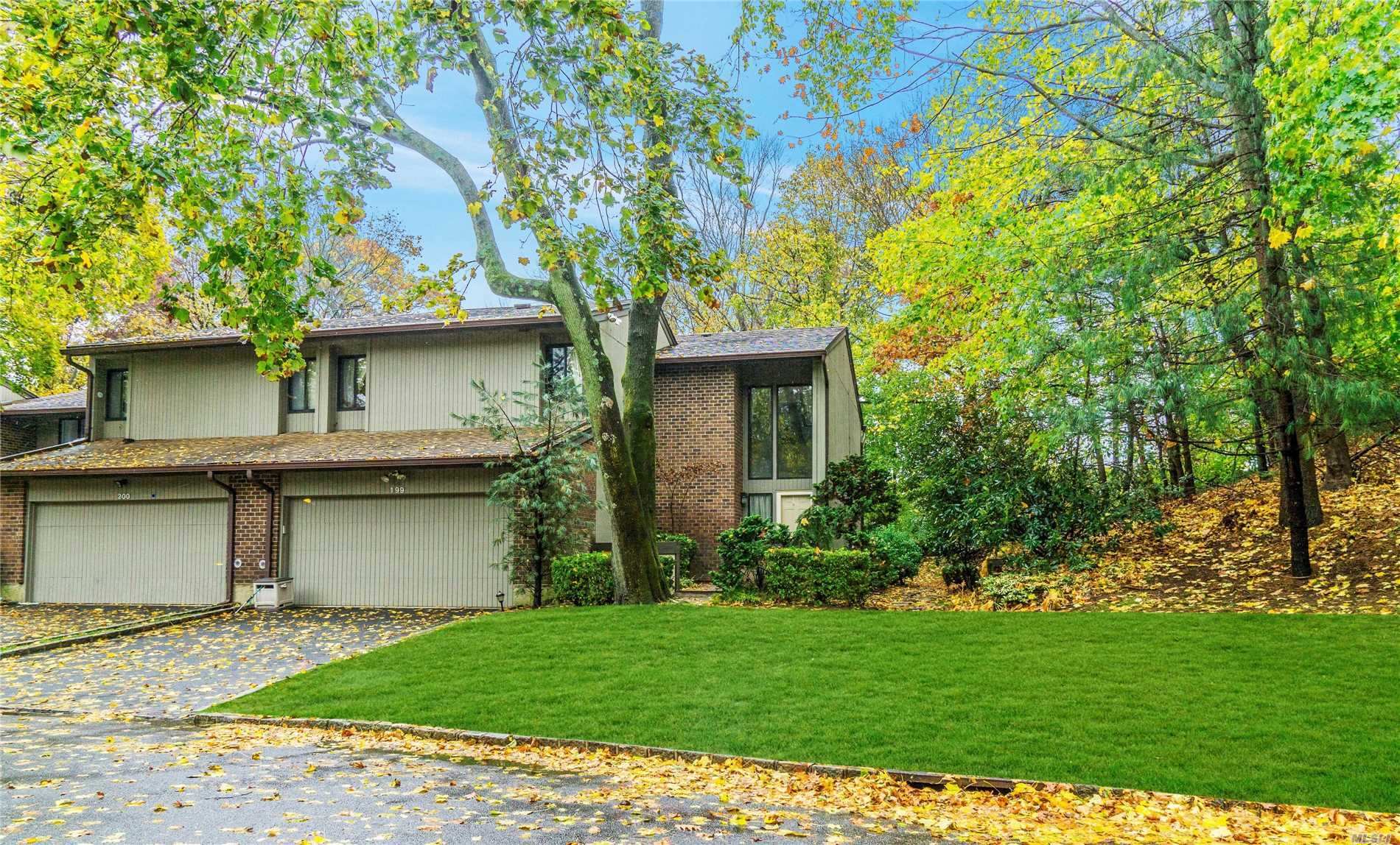 Totally Renovated With Custom Kitchen And Baths, Stone Walled Fireplace, Wood Floors, New Heating And Cooling Systems, Stainless Appliances, Surround Sound, In And Outdoors, Central Vac., Limestone Powder Room. With An Extended Deck In A Private Cu D Sac Location With A Picturesque Setting.
