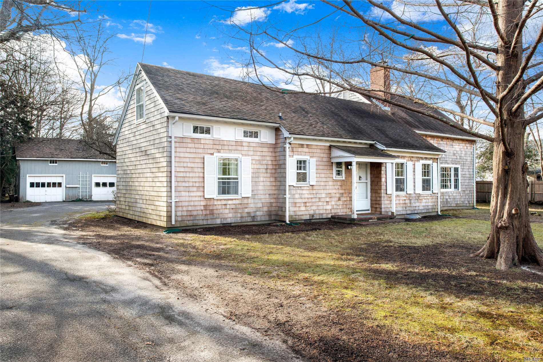 South Country Road, Remsenburg Is The Bucolic Setting For This 1, 944 Sf Cape. Three Bedrooms, 3 Baths, And An Upstairs Loft. Situated On 1 Acre, Just Minutes To The Bay, This Home Provides The Perfect Opportunity For A Renovation Or Rebuild. Low Taxes.