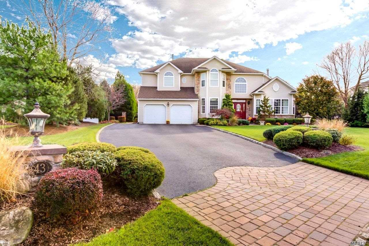 Stunning 5Br, 2.5 Bth Post Modern W/Gourmet Eik W/Granite Counters, Tumbled Marble Backsplash, Ss Appls, & Butler's Pantry, Den W/Woodburning Fplc & Custom Mantle, Master Br Suite W/Dressing Area & Gas Fplc, Hardwood Floors Throughout, Custom Molding & Paint, Custom Window Treatments & Light Fixtures Stay, Cac, Cvac, 42 Hi Hats, 200 Amp Elec, Alarm, Full Bsmt W/Humidex & Ose, Prof Lndscpd & Fully Fenced Yard W/Brick Paver Patio & Walkways, Igs, Shed, & Pond, Cobblestone Lined Driveway, Must See!
