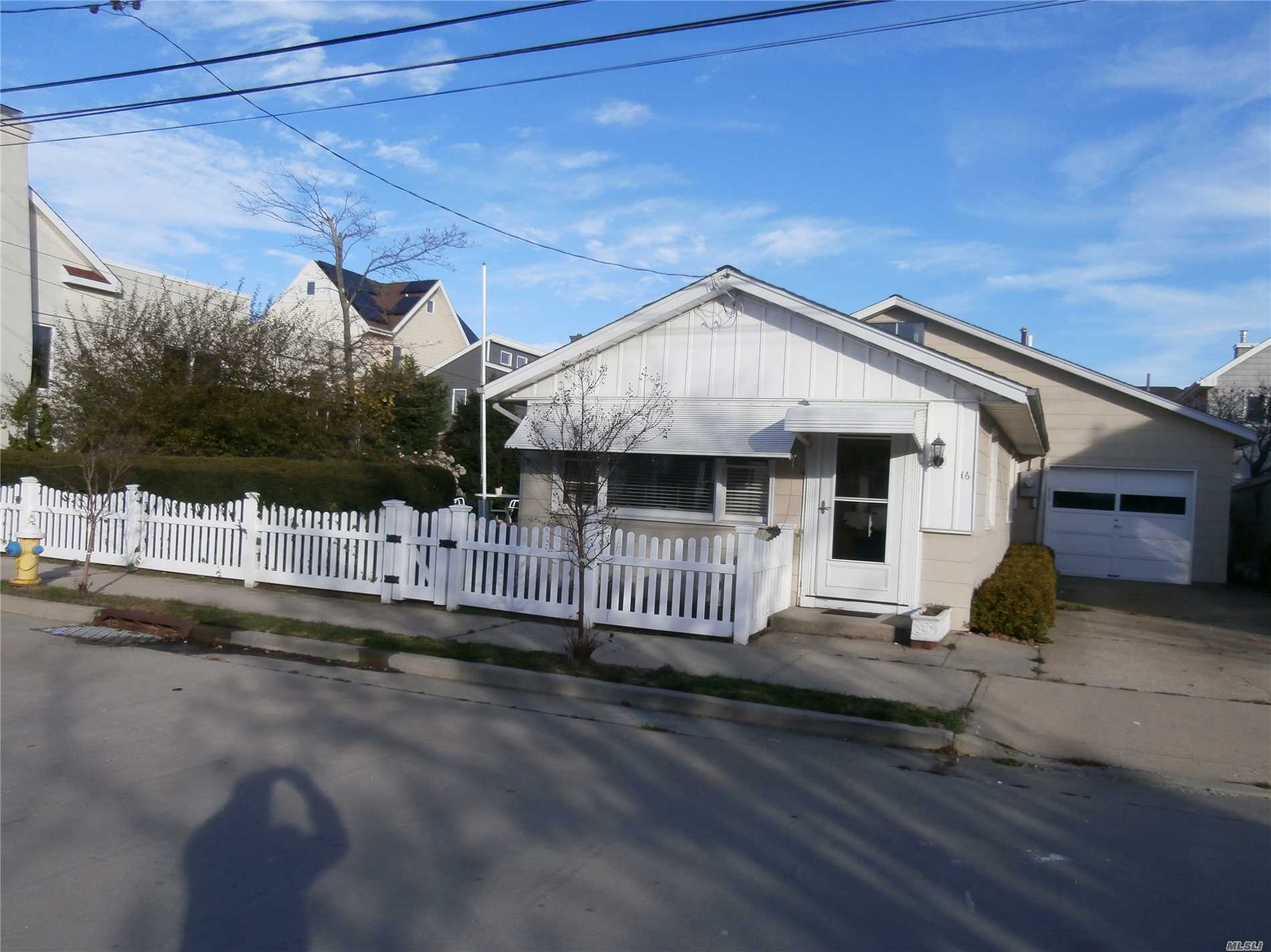 *Updated Ranch Cottage On Two Lots, 2/3 Bedrooms, Bath, Living Room, Dining Area, Office Area, Updated Kitchen, New On Demand Heating And Hot Water System, Laundry Area, Wood Floors, Covered Patio, Garden, Garage, Parking, Beach Rights. Priced To Sell!