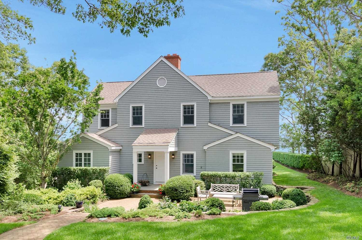Experience The North Fork In This Spacious Mint 4 Br Nassau Point Bayfront Home On Lushly Landscaped Acre With Waterside Deck Overlooking Peconic Bay. Enjoy Spectacular Views, Poolside Fun And Relaxing Days At The Beach.