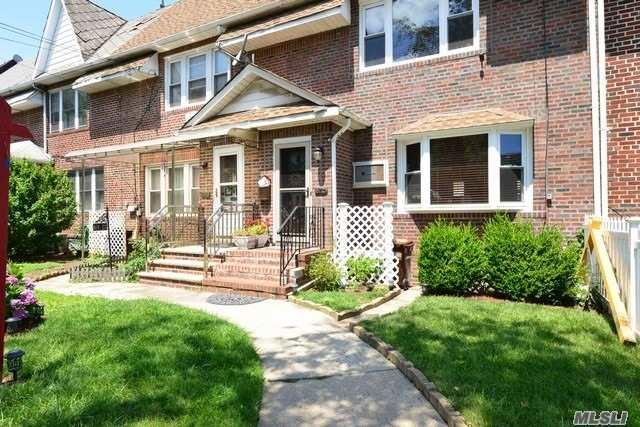 Apartment For Rent In Gorgeous 2-Story Home In Great Neighborhood! Beautifully Renovated 2 Bedroom, 2 Bathroom Apartment Features A Bright Living Room With Wide Angled Windows,  Stylish Kitchen With Stainless Steel Appliances, Beautiful Hardwood Floors And Fully Finished Basement. Garage Parking Is Available. Close To St. John's University, Queens Center Hospital, Transportation And Shops.